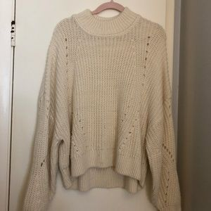 cream/white knitted slouchy turtleneck